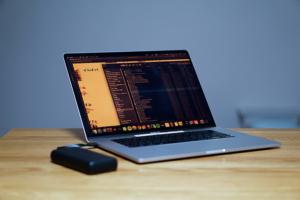 MacBook Pro/Airを充電できるおすすめのモバイルバッテリーRAVPower  RP-PB201